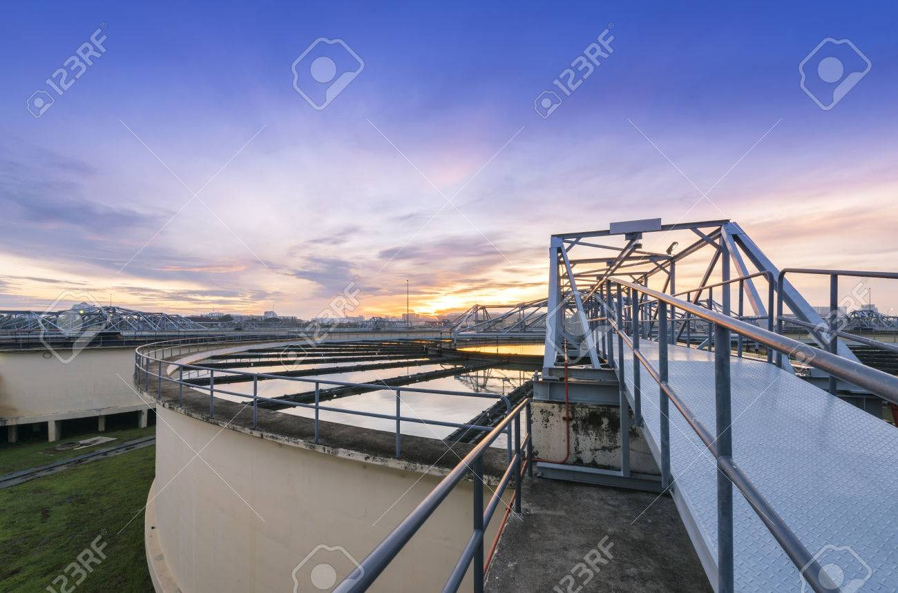 The Solid Contact Clarifier Tank type Sludge Recirculation in Water Treatment Plant - 50103716