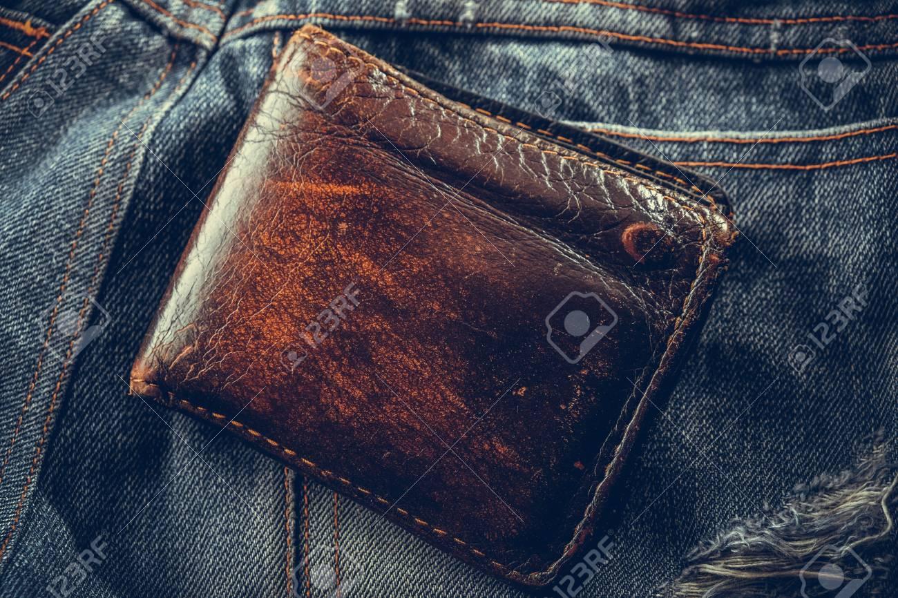 baskets pour pas cher énorme réduction regard détaillé Portefeuille et jean avec effet de filtre style vintage rétro