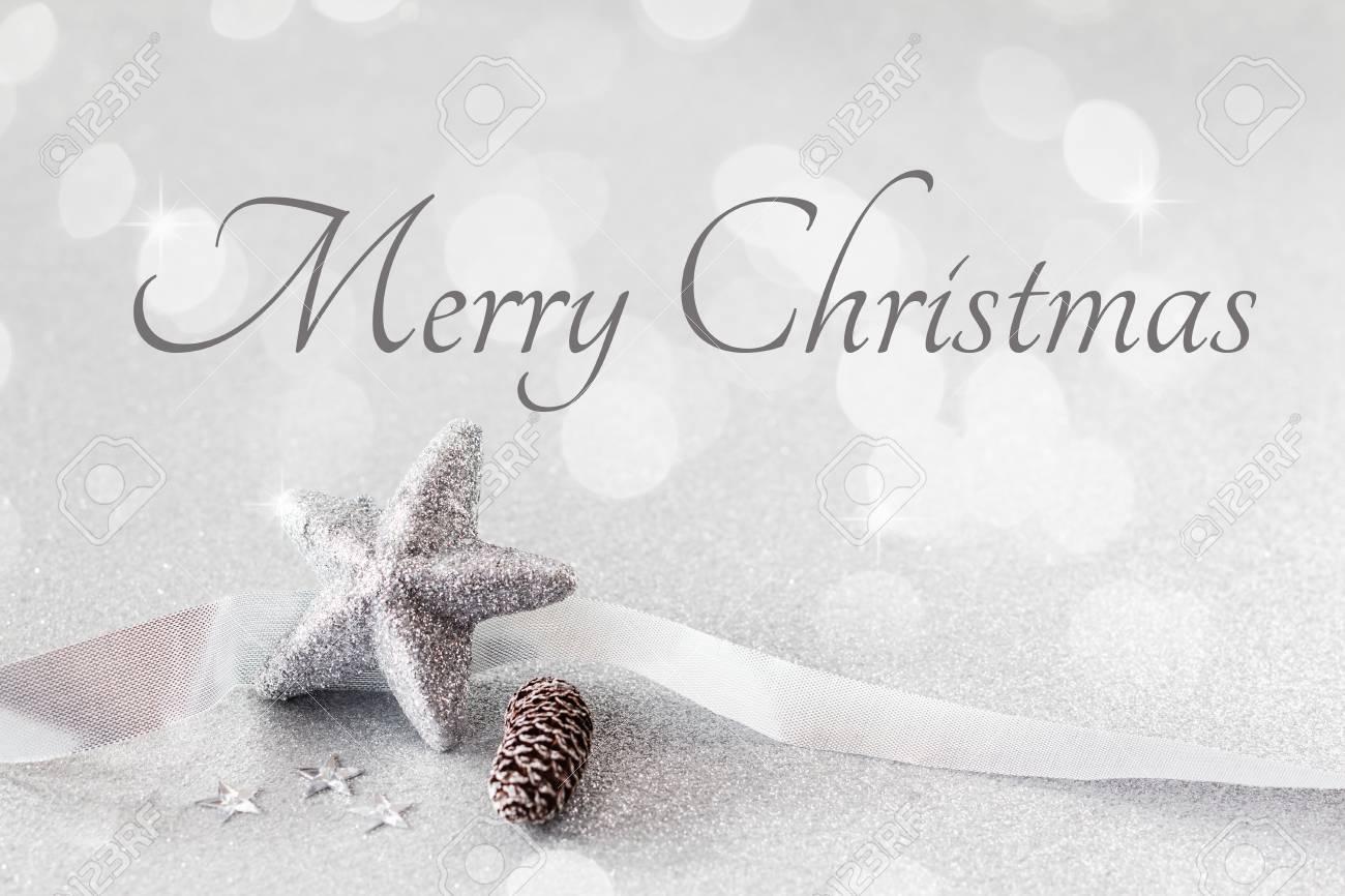 Weihnachts Arrangement Mit Dekorationen Silber Englisch Wünsche