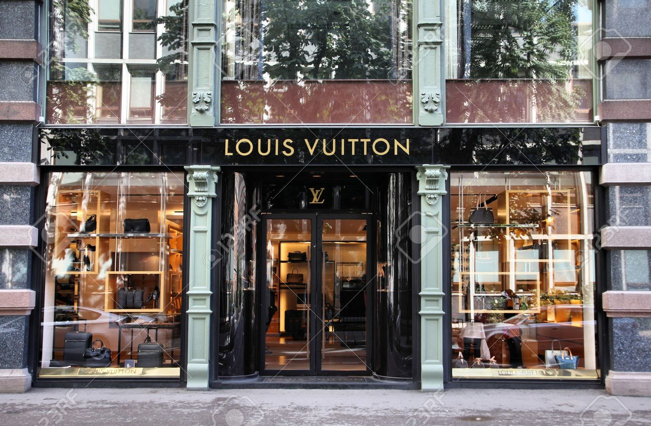 OSLO - AUGUST 21: Louis Vuitton store on August 21, 2010 in Stockholm. Forbes says that Louis Vouitton was the most powerful luxury brand in the world in 2008 with $19.4bn USD value. Stock Photo - 8300785