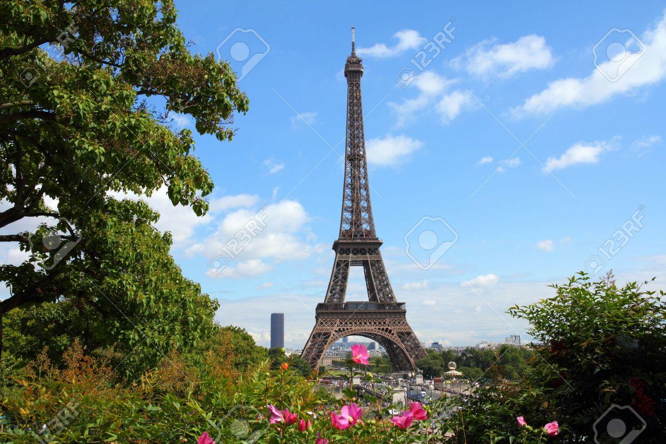 Paris France Paysage Urbain Avec Les Jardins Du Trocadero Et De