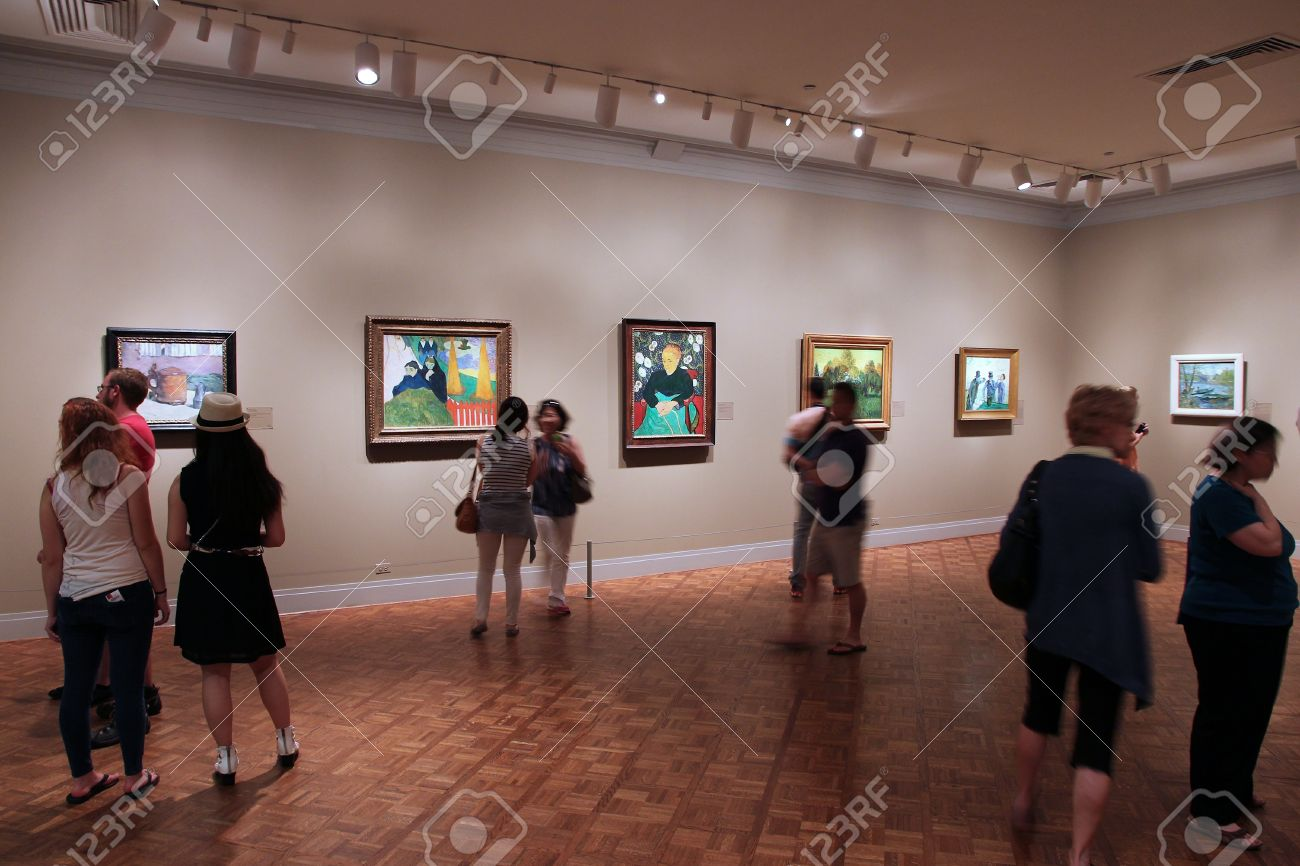 CHICAGO USA JUNE   Visitors Admire Art At Famous Art - Famous art museums in usa