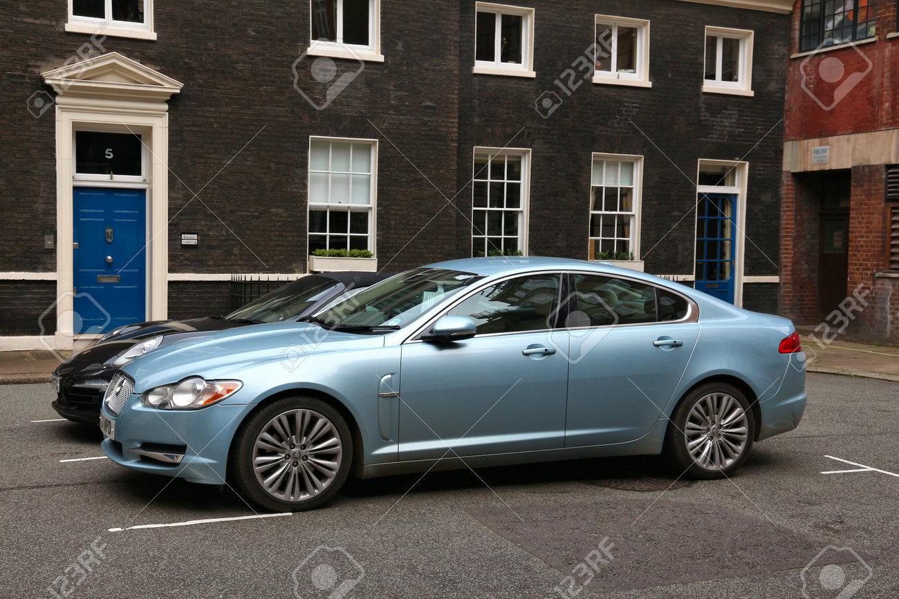 London Uk July 9 2016 Jaguar Xf Mid Size Luxury Car Parked