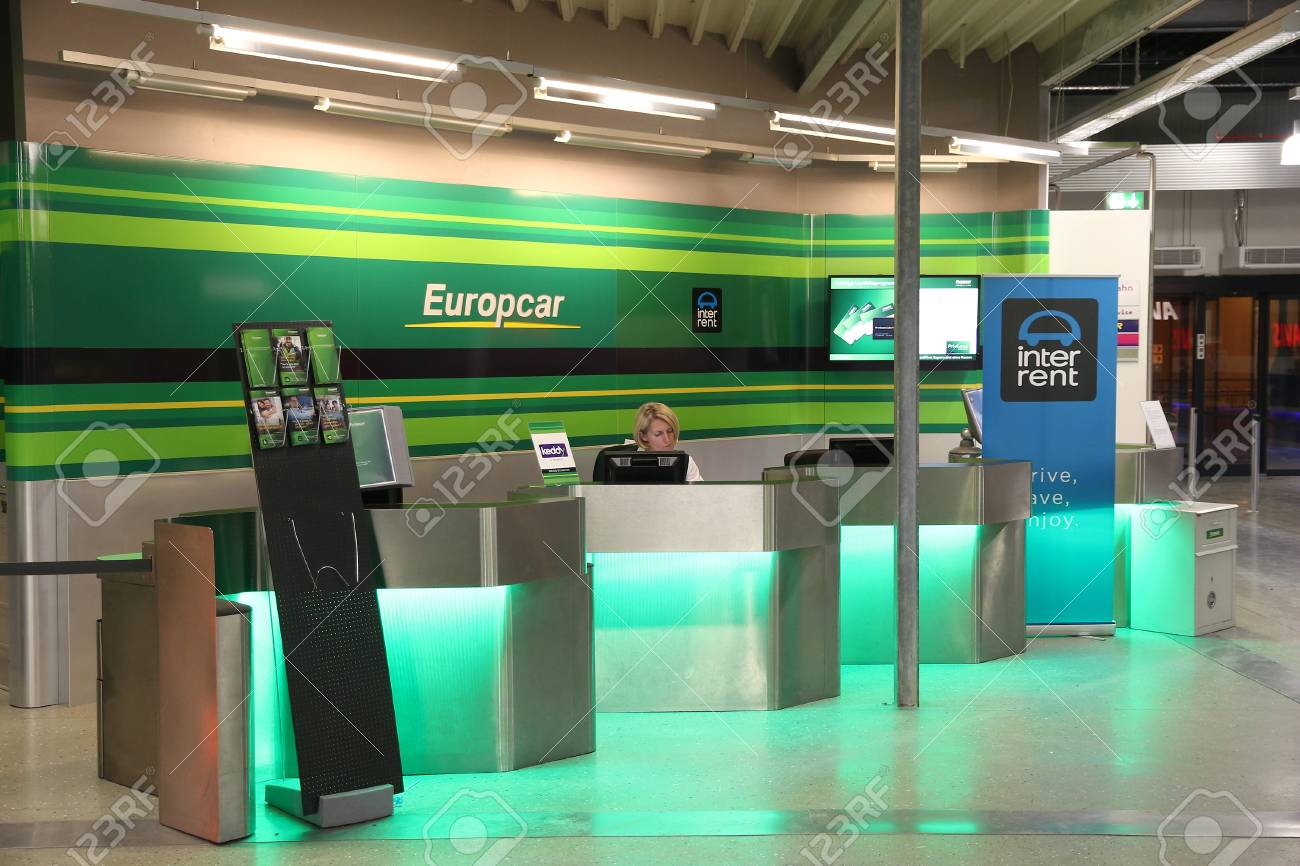 Hahn Germany December 7 2016 Europcar Car Rental Employee