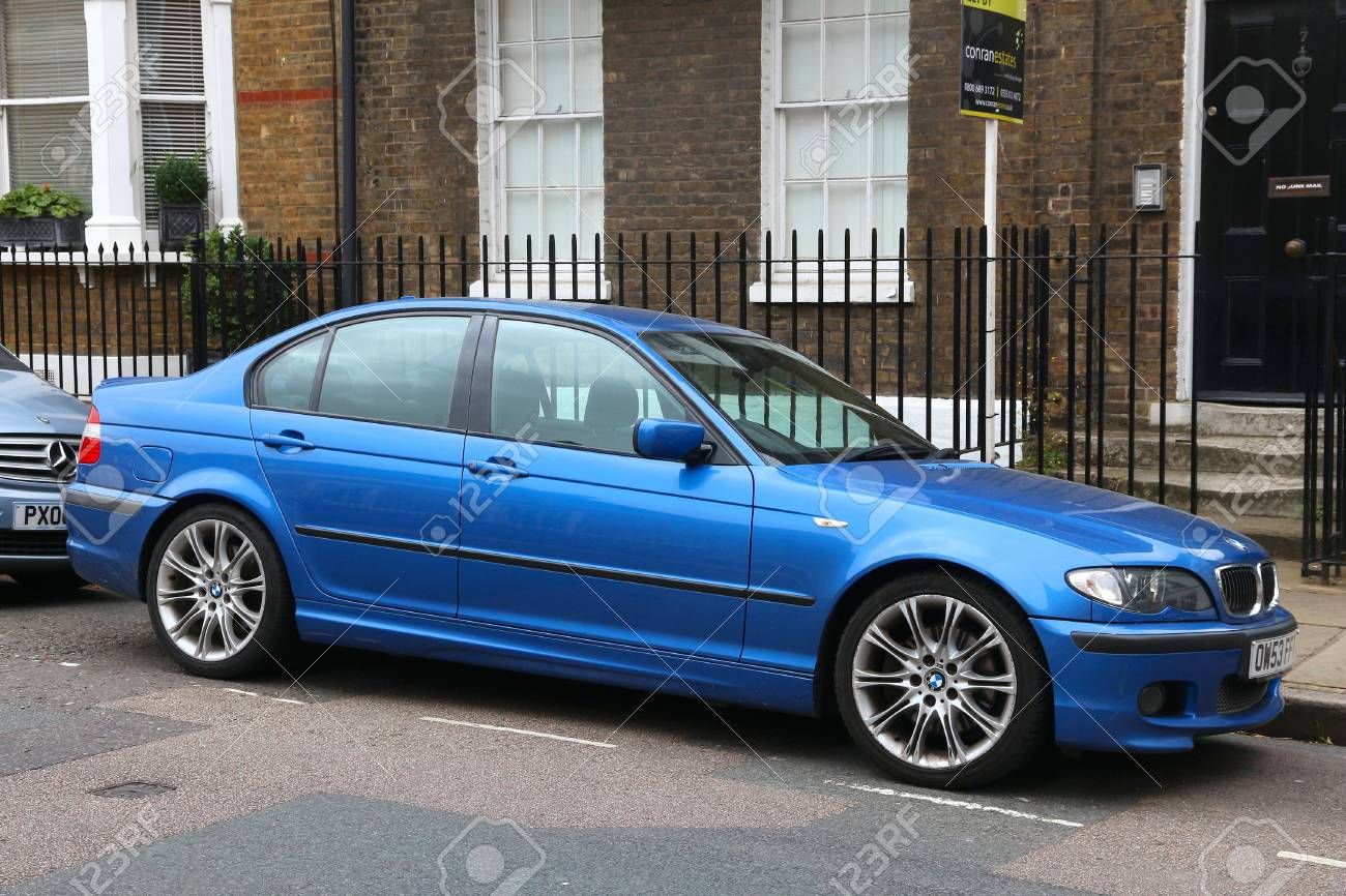 London Uk July 8 2016 Bmw 3 Compact Sedan Car Series E46 Stock Photo Picture And Royalty Free Image Image 78727411