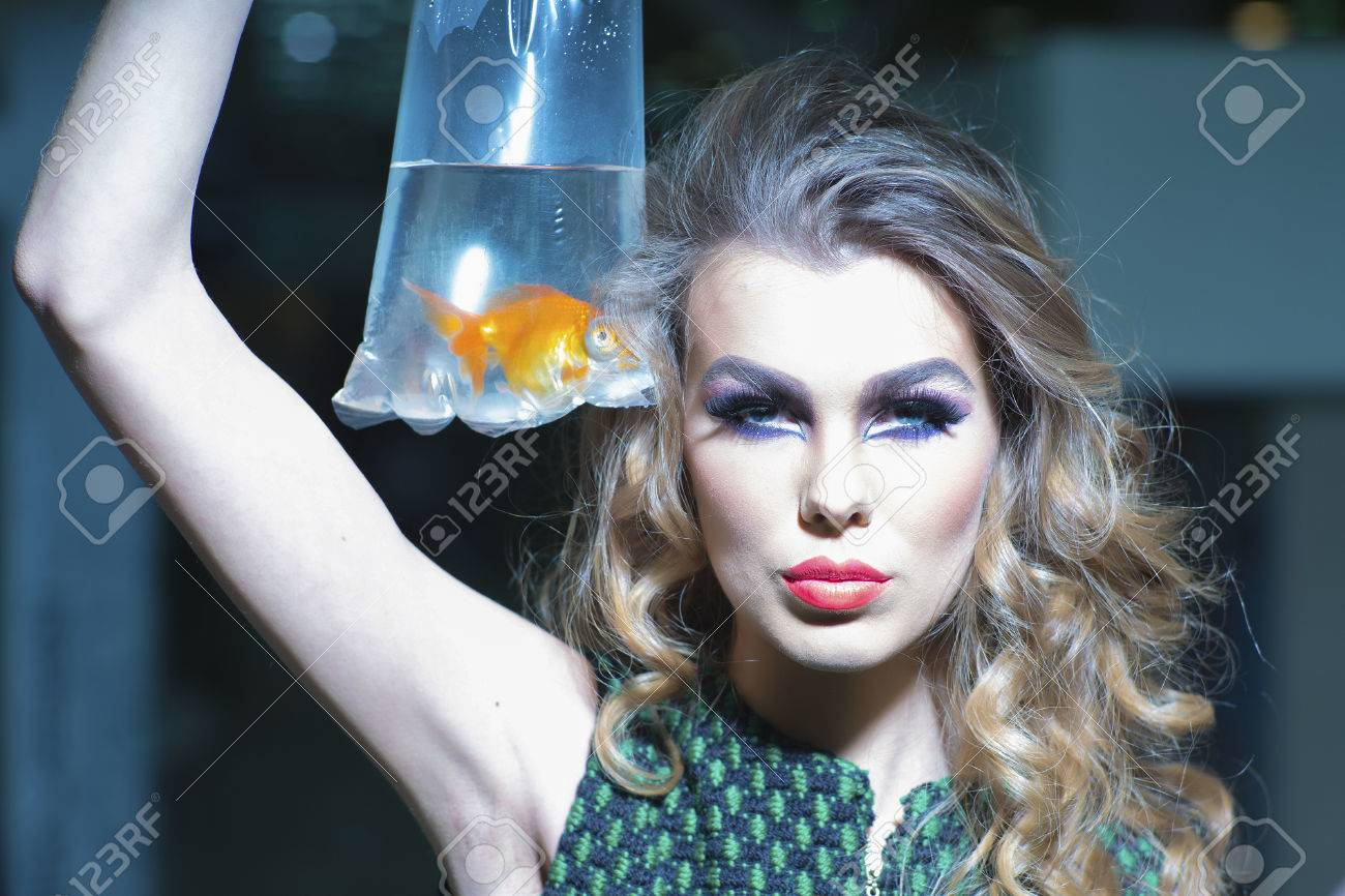 aquarium makeup
