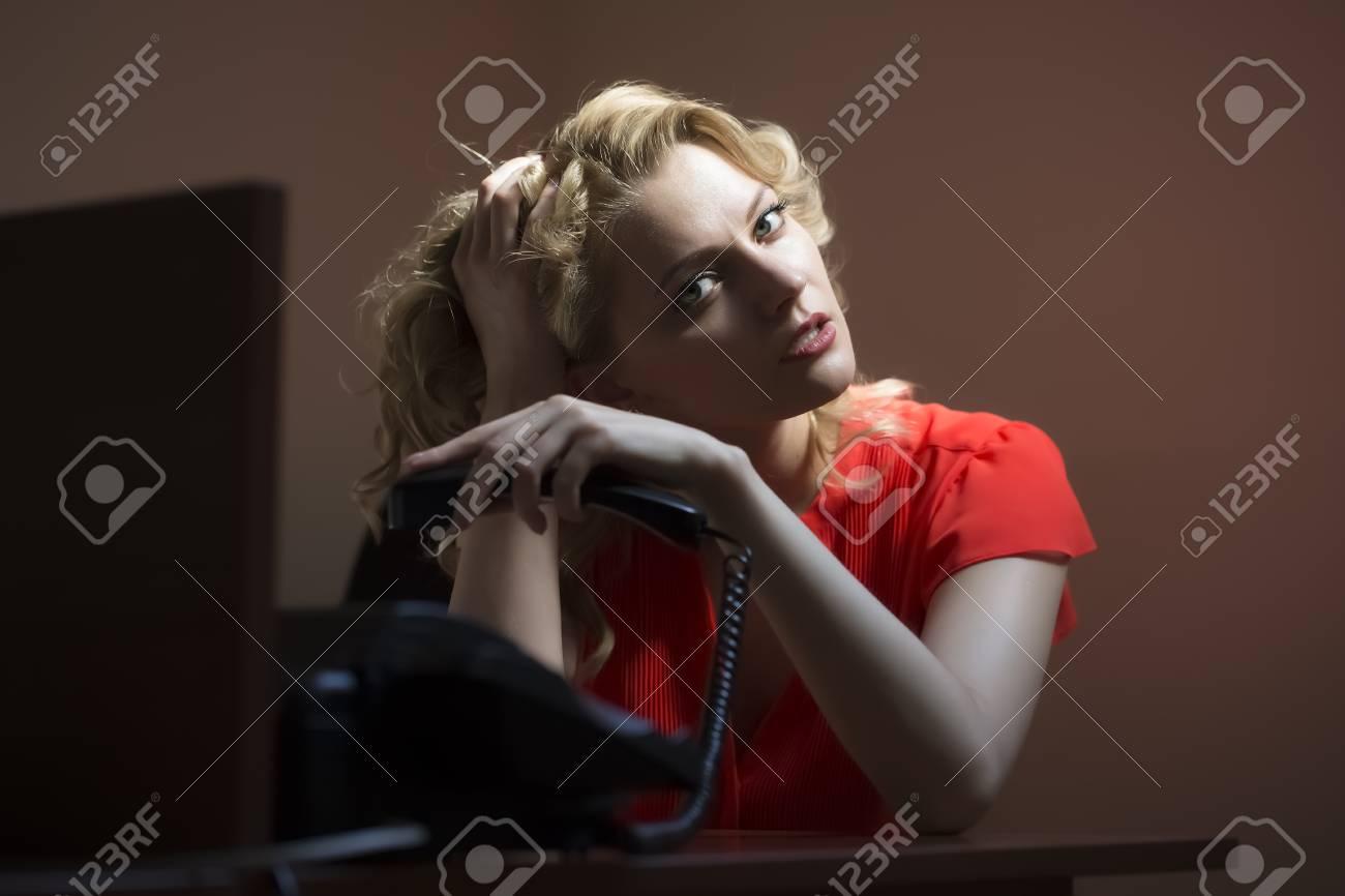 Adolescents blondes nues