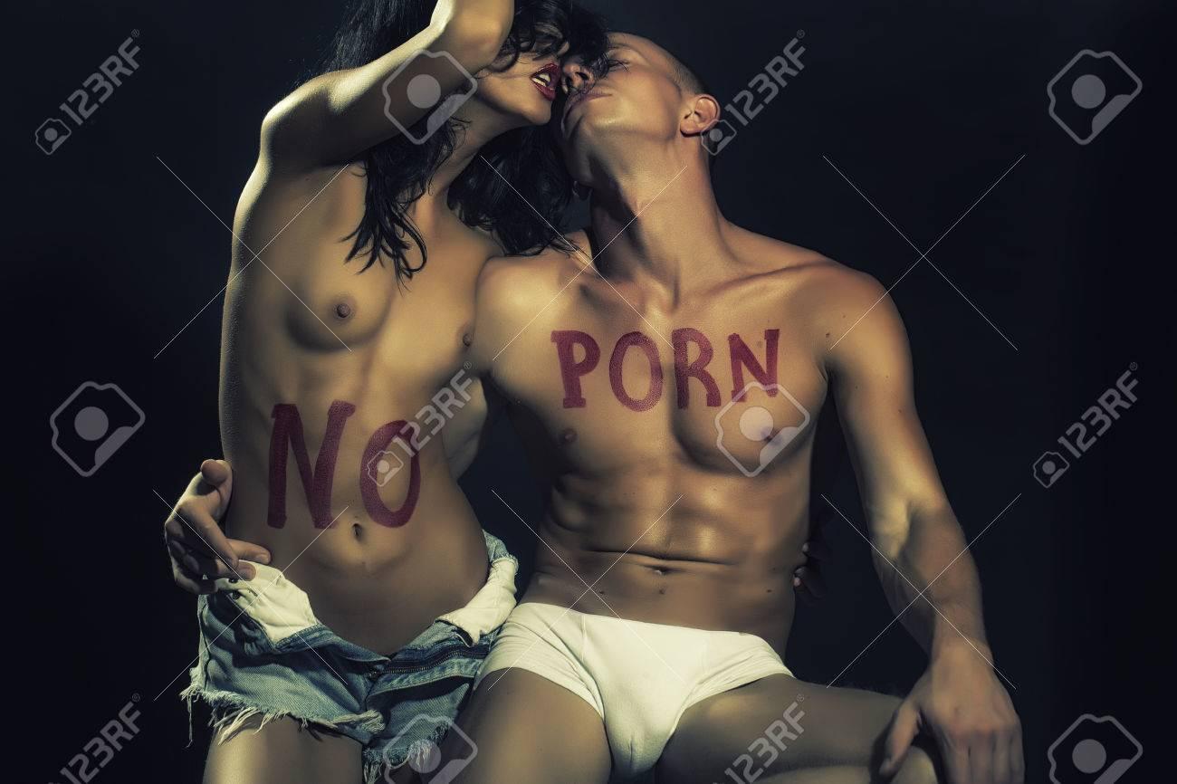 Junge und Mädchen sind Porno