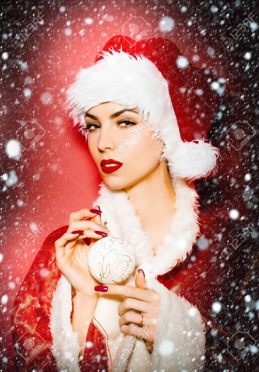Santa claus busca una chica para que sea su mujer [PUNIQRANDLINE-(au-dating-names.txt) 49