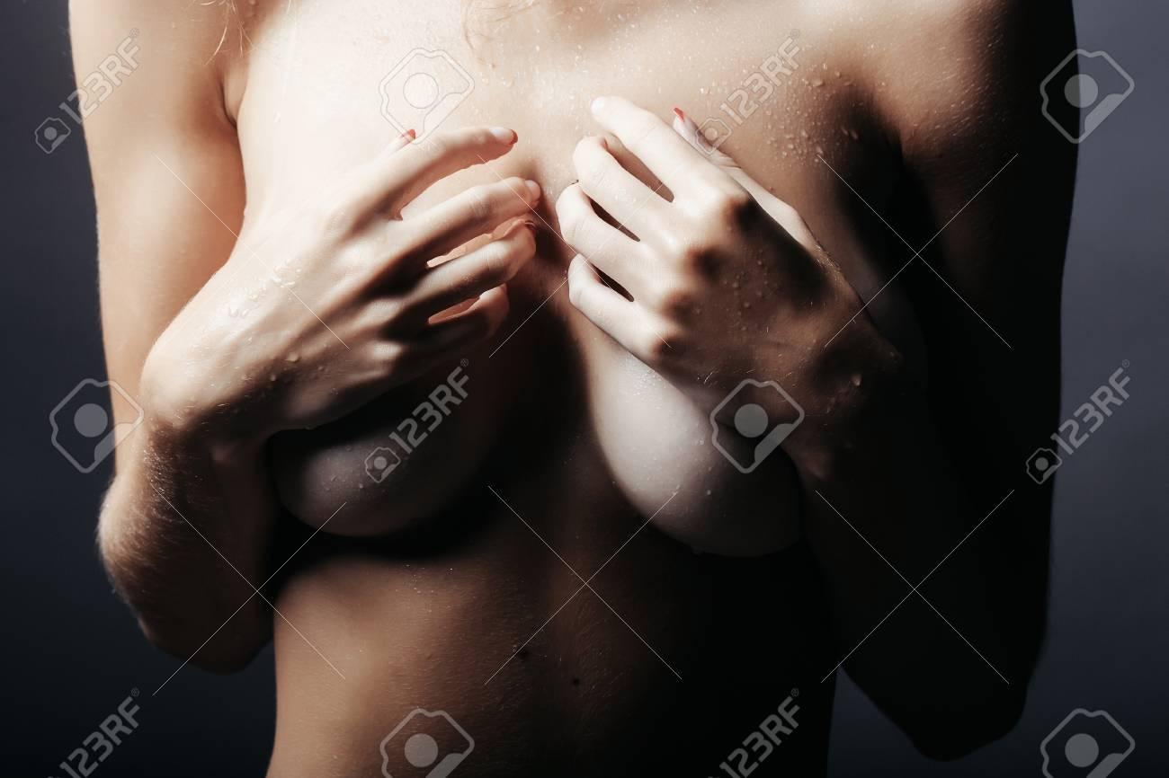 hot sexy oben ohne mädchen