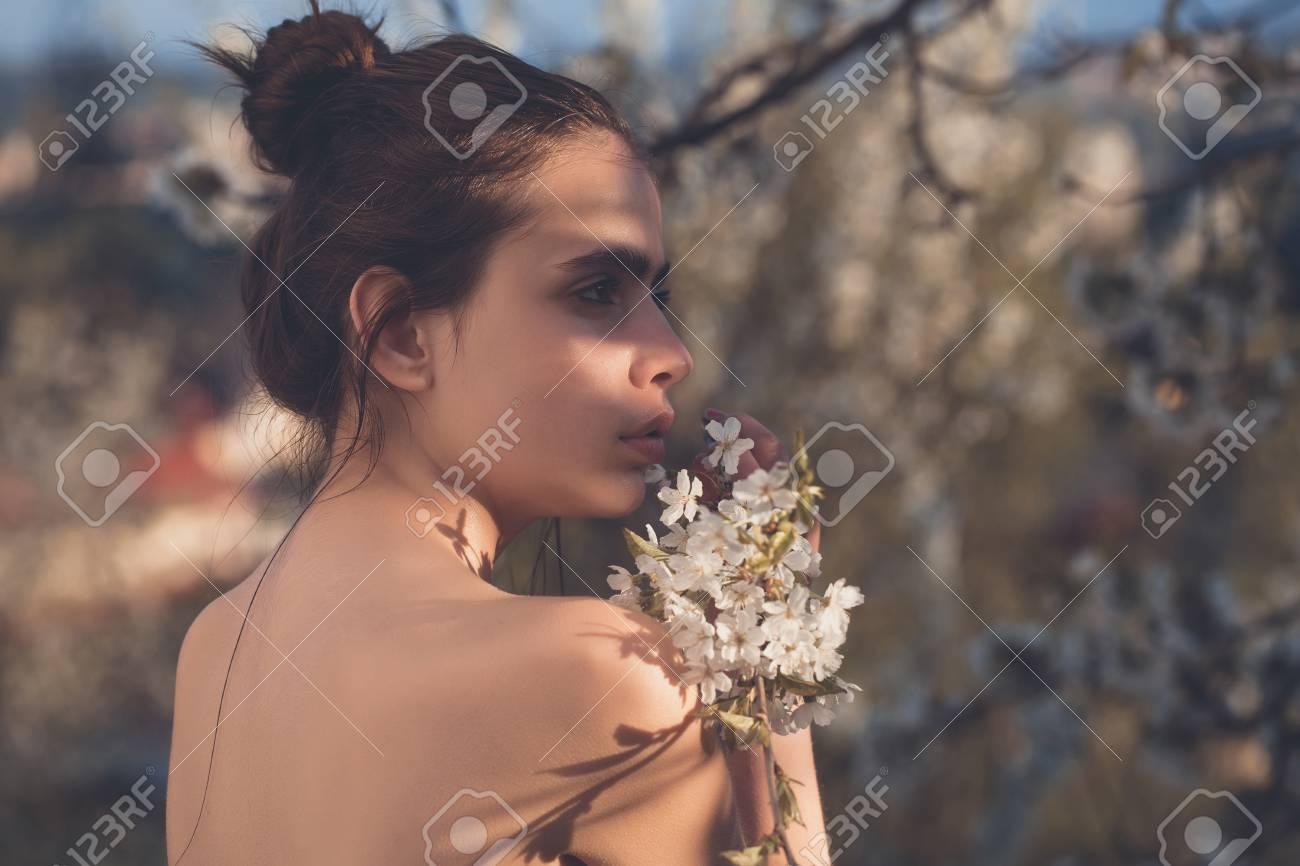 nudo sexy ragazza foto