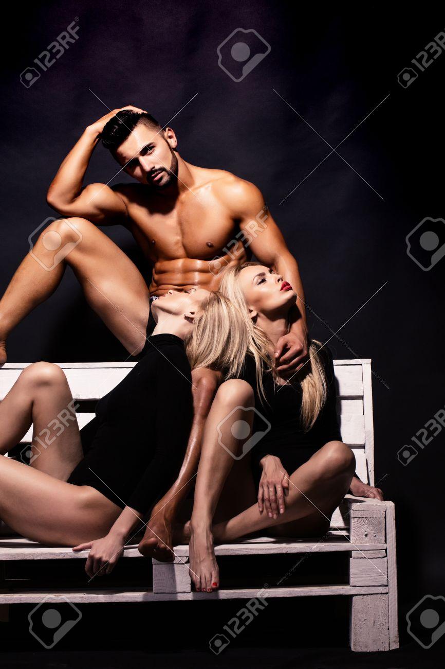 Pics of kim kardashian ass
