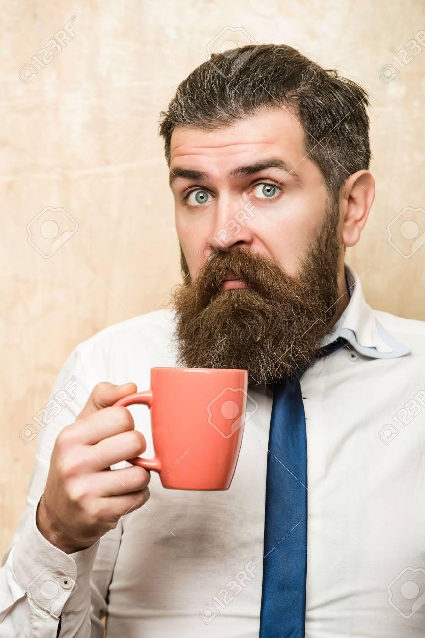 Mann Oder Geschäftsmann Mit Langem Bart Und Stilvollen Haaren Auf