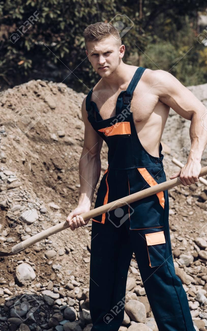 Girls fucking muscular men sex images