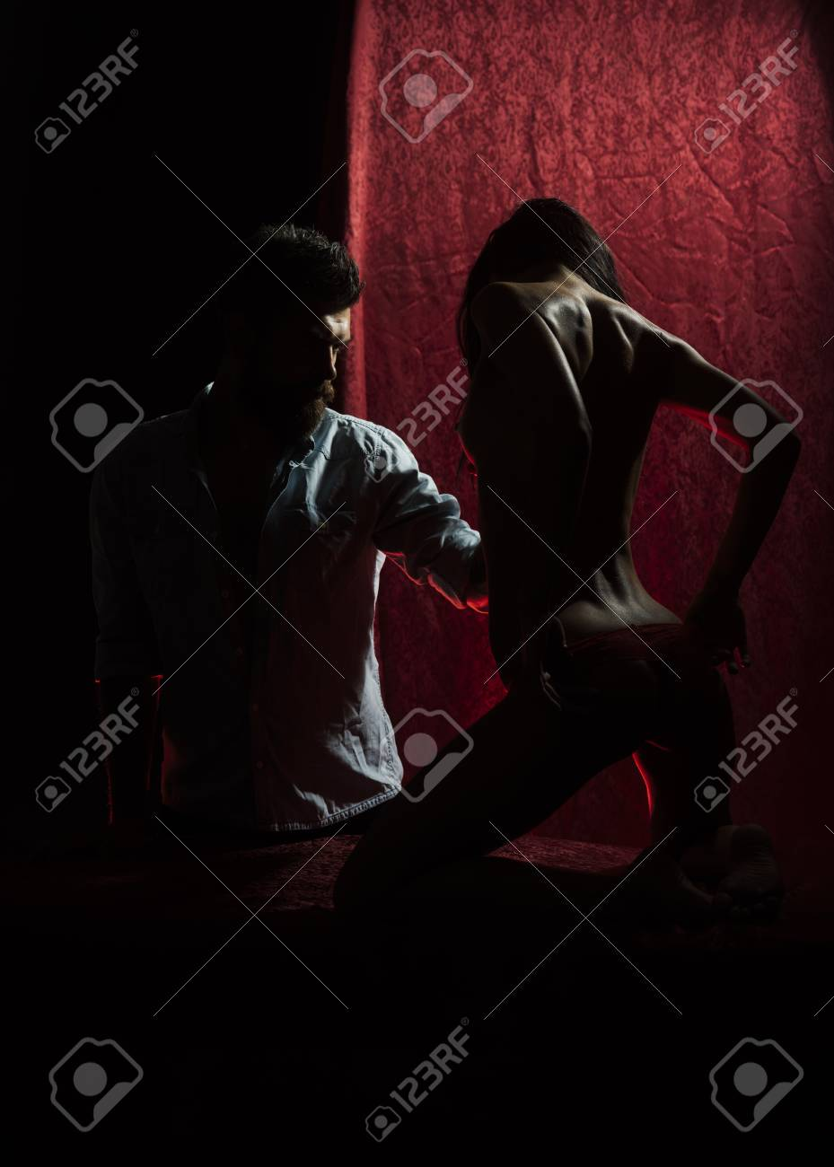 Romantic moment in the bedroom, couple in love - 100381076
