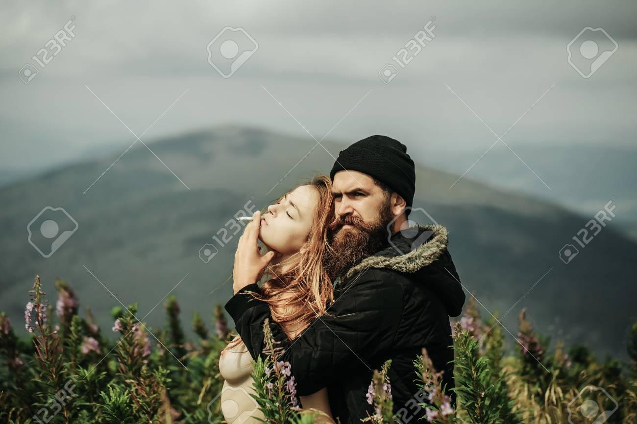 Romance bare