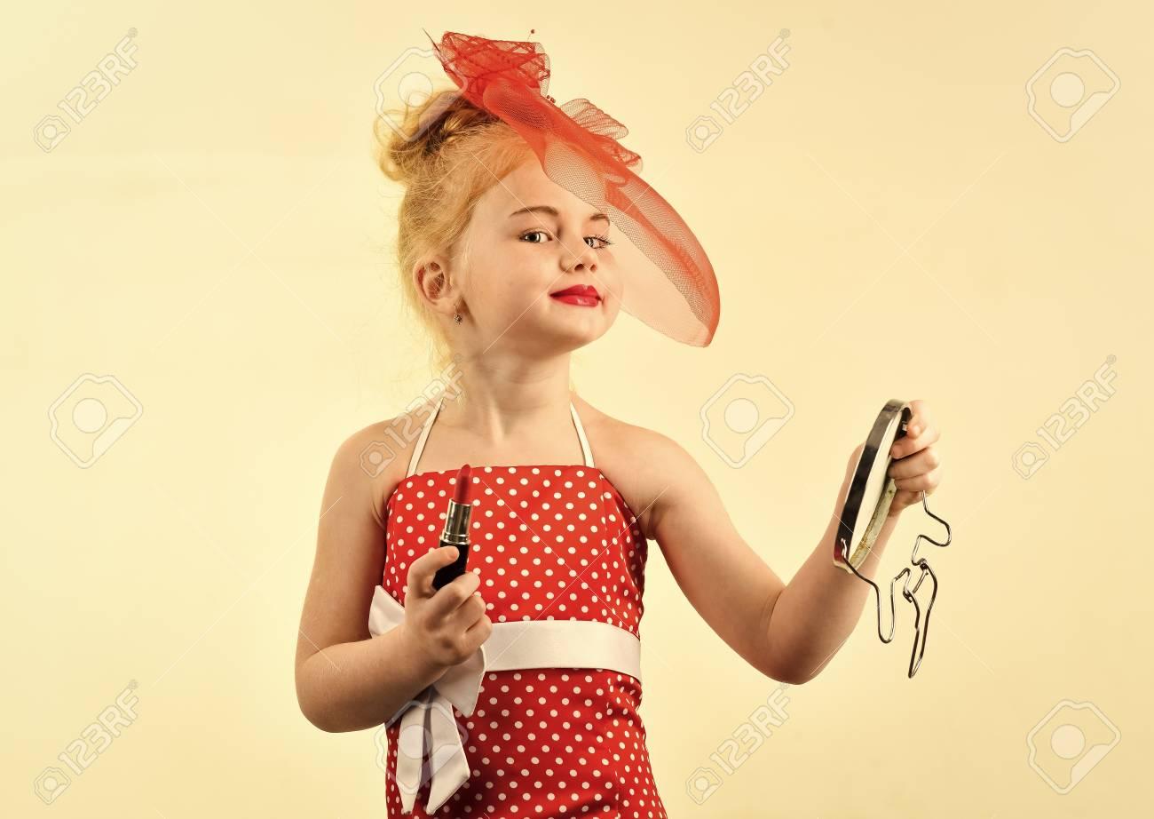 Kids model agency  Makeup retro look and hairdresser  Retro girl