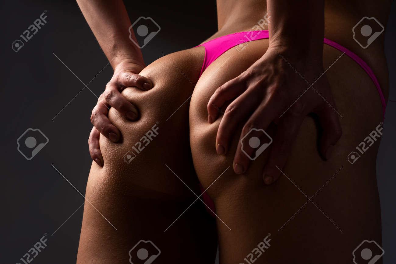 Sexy lingerie, close up butt in thong bikini, seduction buttocks. - 171078700