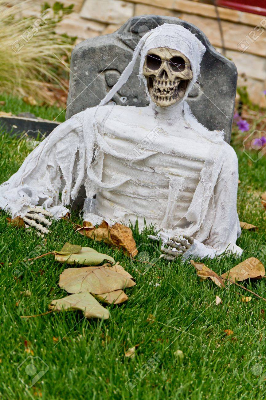 Grave Decoration Halloween Ghost In Grave Decoration Stock Photo Picture And