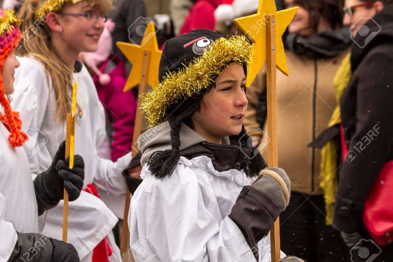 2012 Georgetown Christmas Market and Santa Lucia Childrens Procession Stock Photo - 16944031