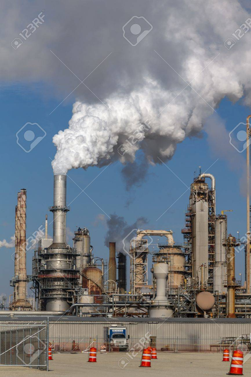 Air pollution from Chicago Petroleum Oil Production Plant near Illinois Michigan Canal Stock Photo - 17175944