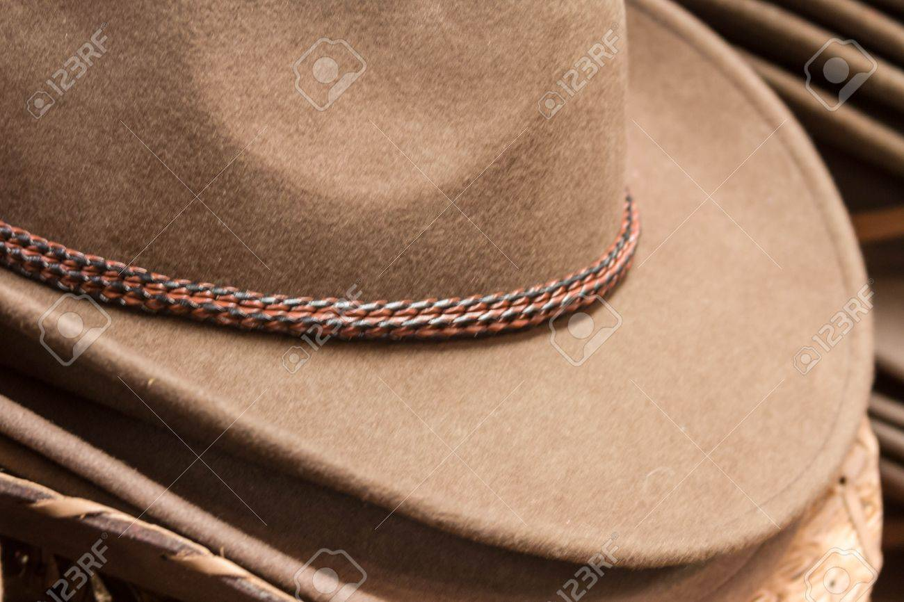 40516d700e9584 Stack Of Mens Cowboy Hats On Display Stock Photo, Picture And ...