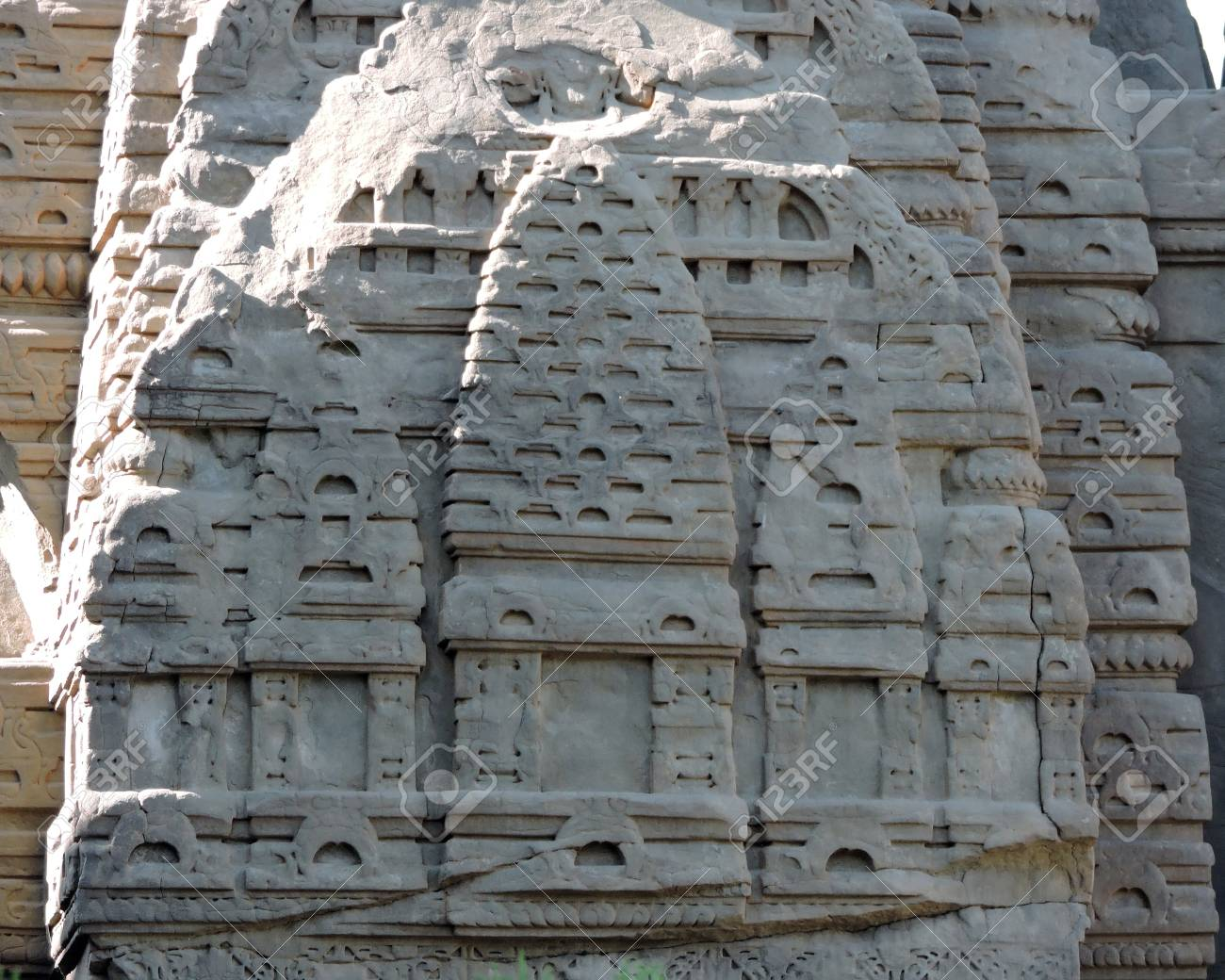 India Temple Architecture Stone Carvings Stock Photo - 50491685