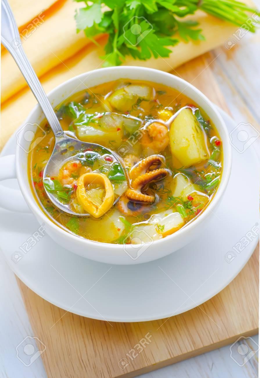 fresh soup Stock Photo - 16593452