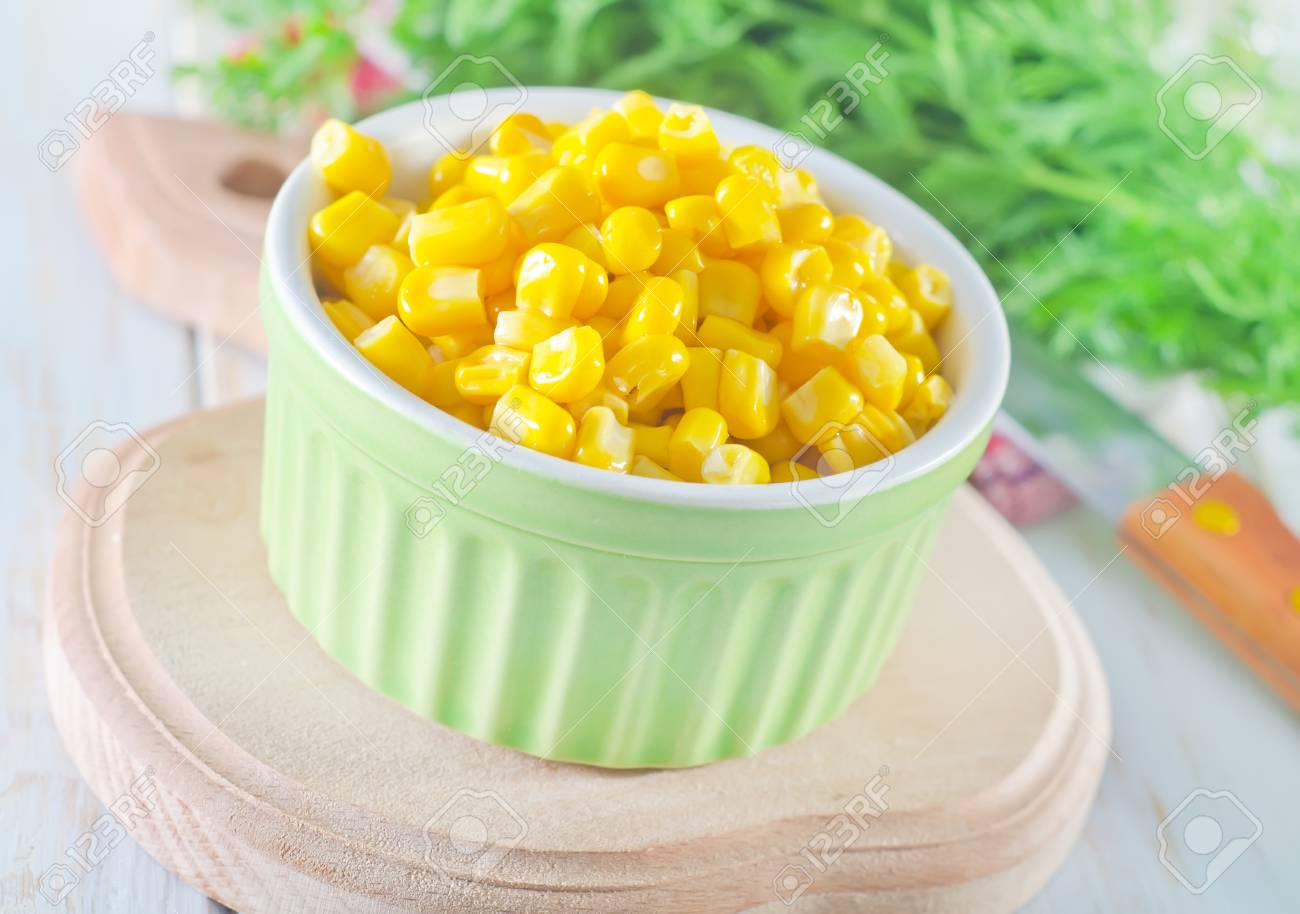 sweet corn Stock Photo - 17114066