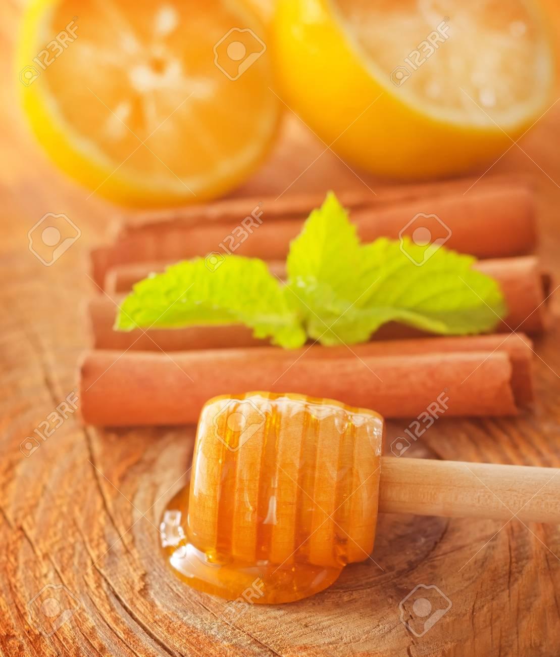 honey Stock Photo - 17613917