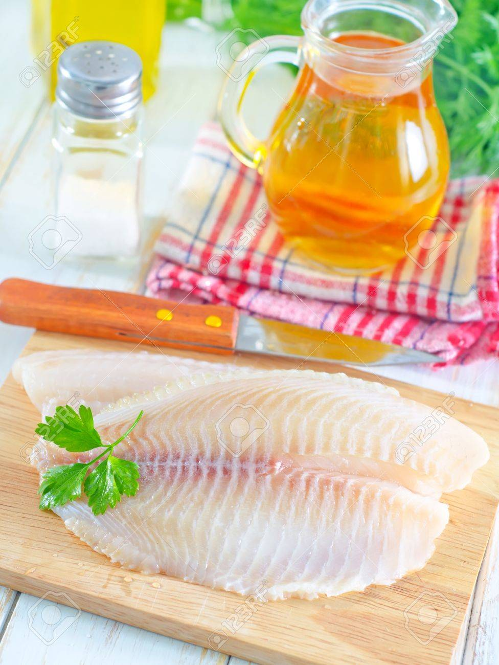 raw fish Stock Photo - 18477622
