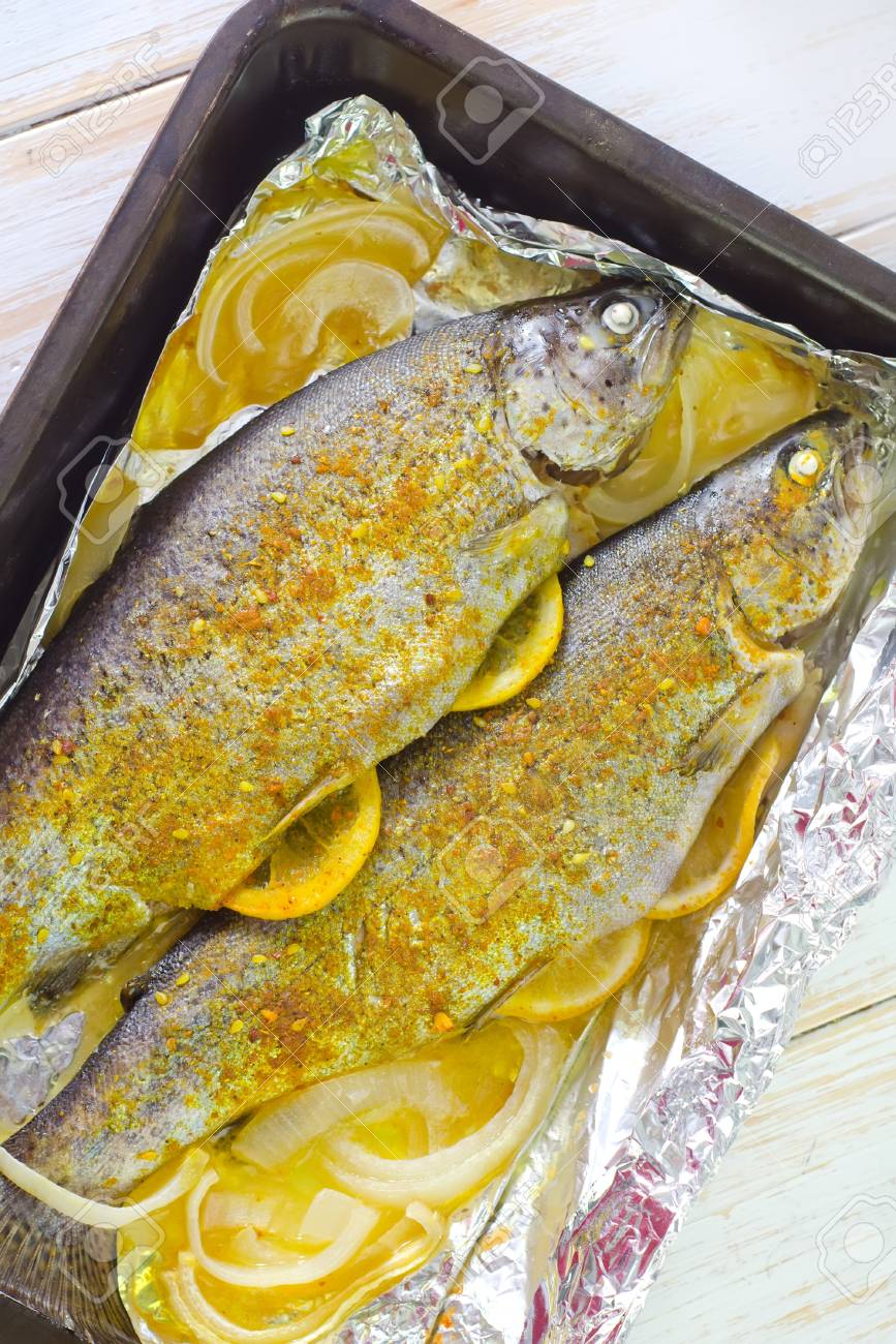 baked fish Stock Photo - 19770525