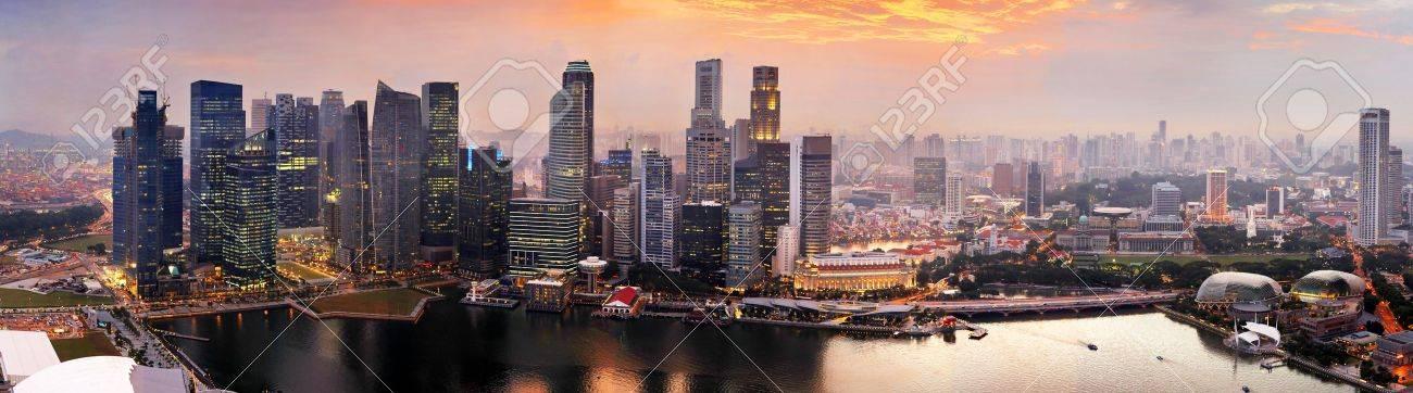 Panorama of Singapore from Marina Bay Sand Resort at beautiful sunset Stock Photo - 10737604