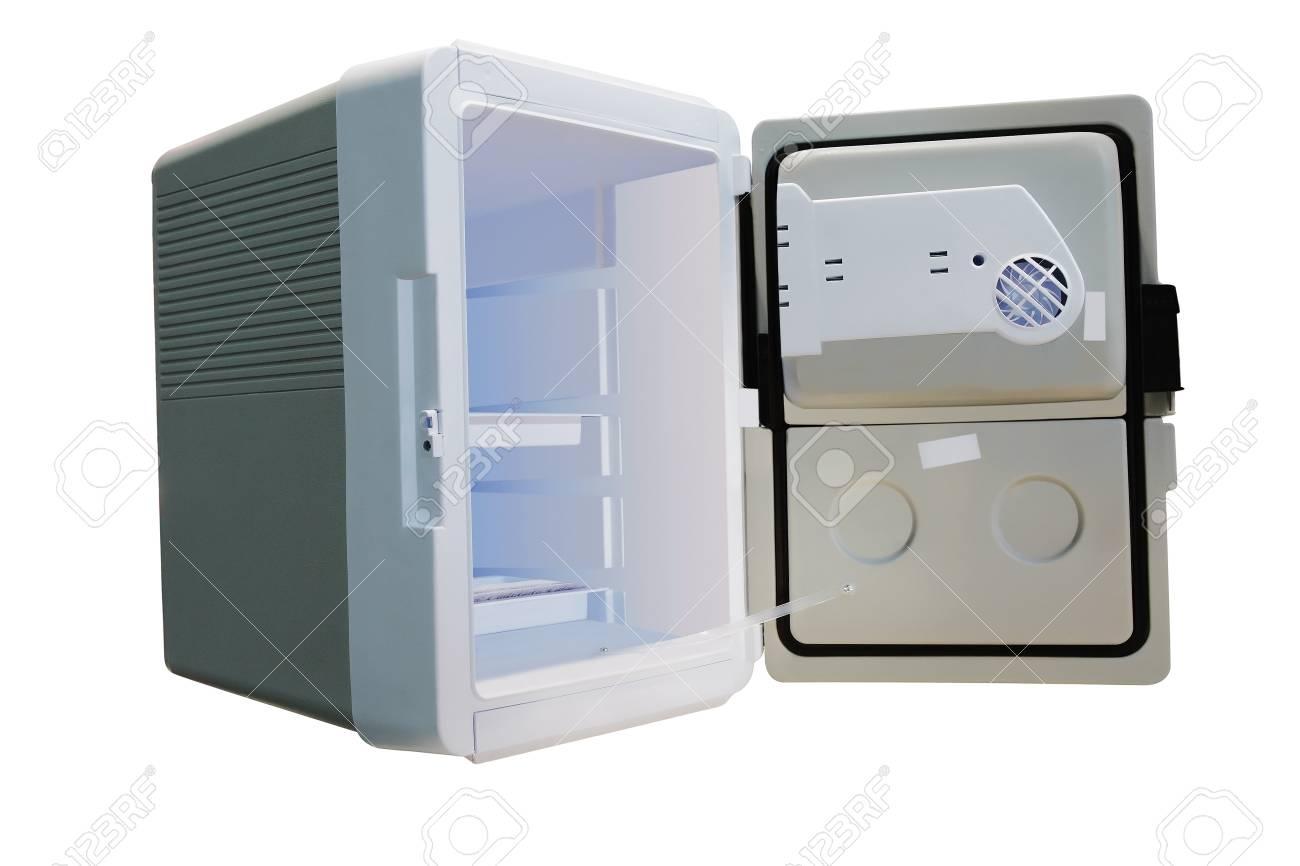 Auto Kühlschrank : Das bild von einem kleinen auto kühlschrank lizenzfreie fotos