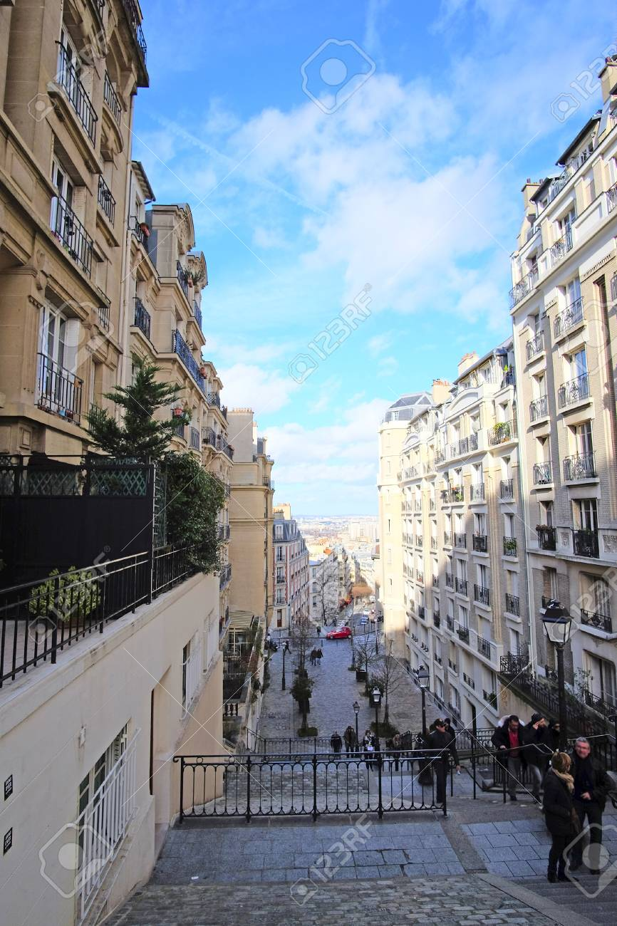 Paris France February 7 2016 Veiw To Paris From Montmartre