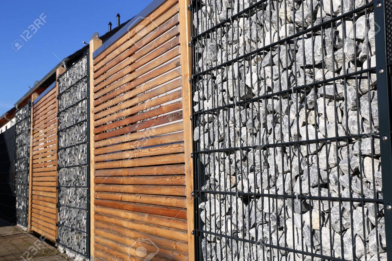 Gabion fence wall - 70295044