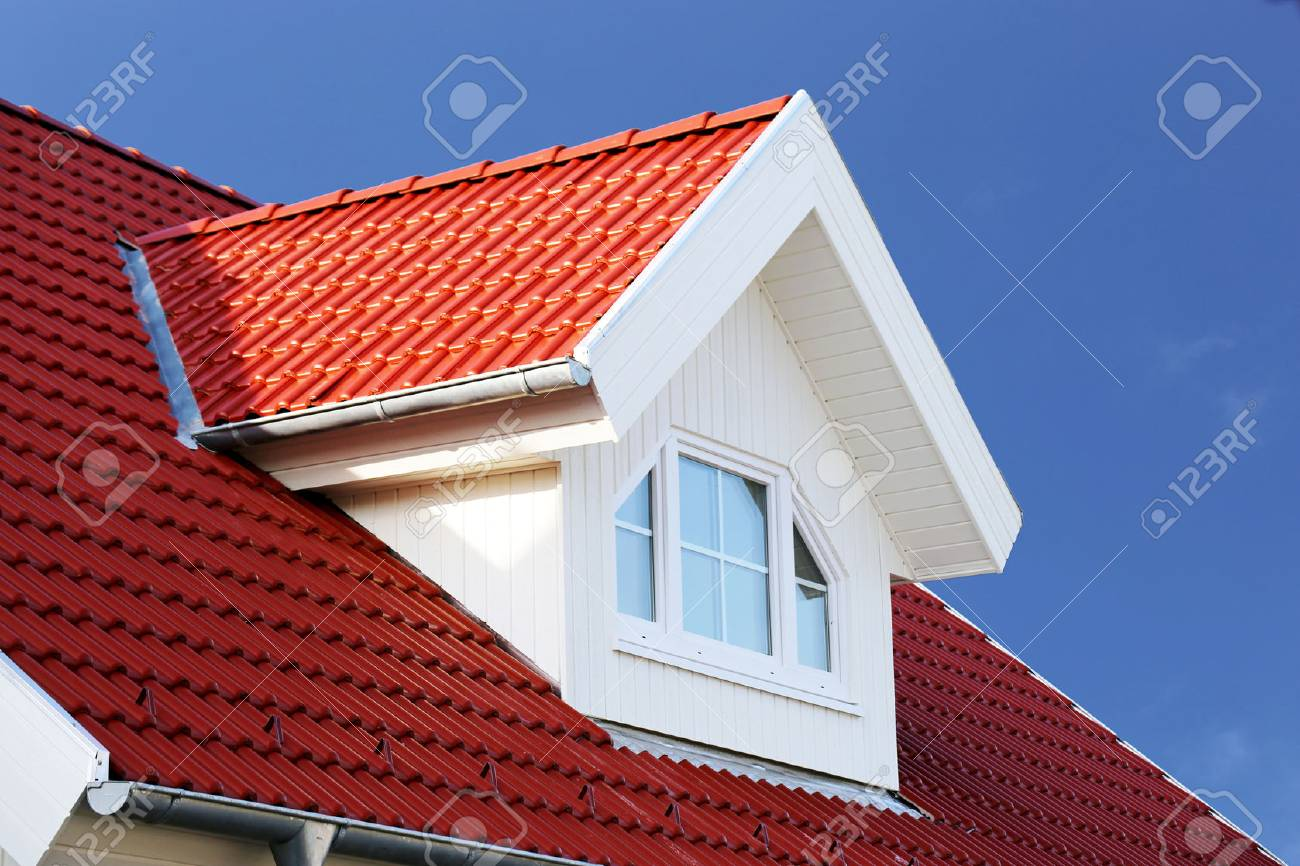 Red tiled roof with dormer - 89619517