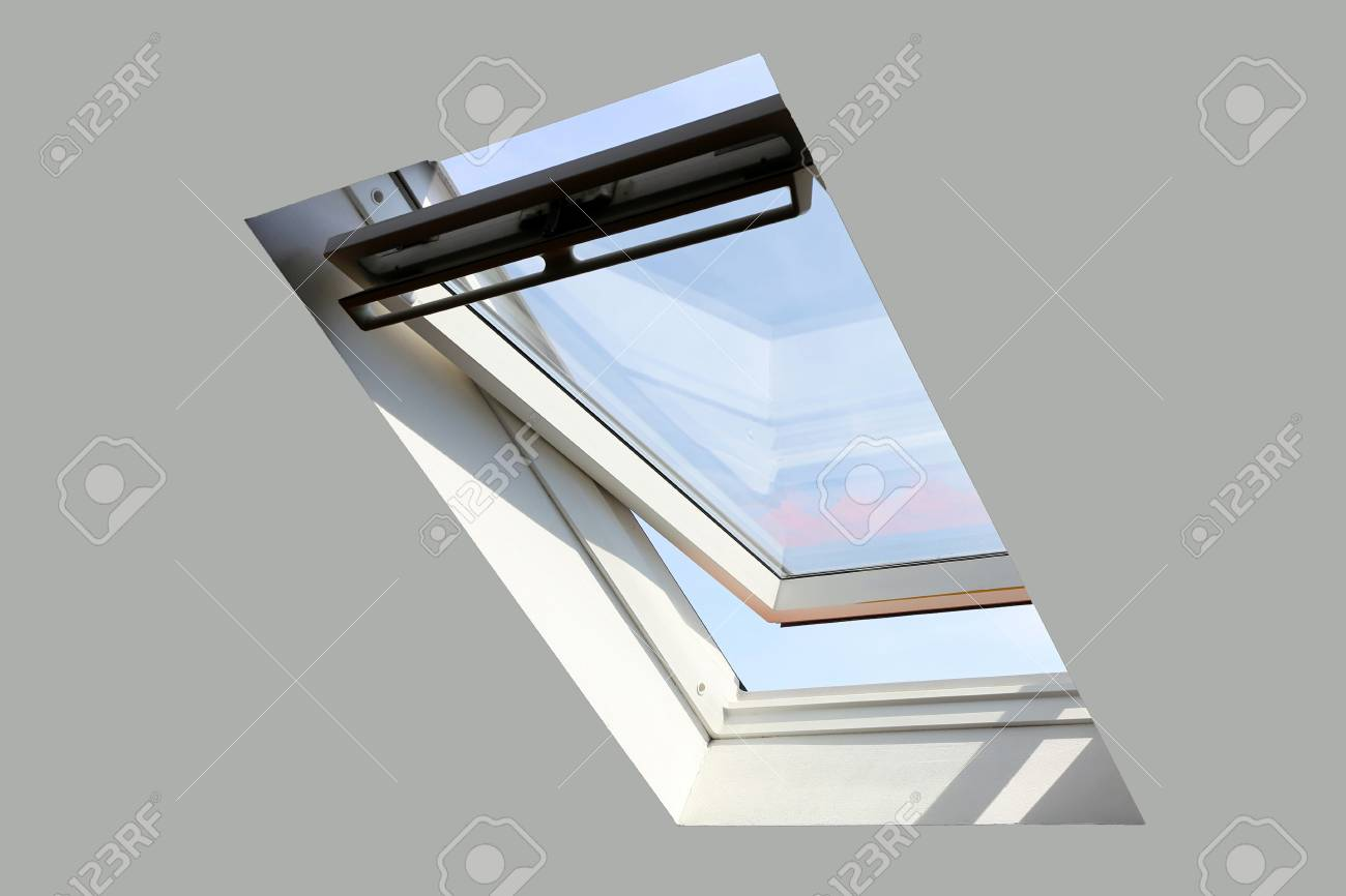 Skylight on a residential home, interior shot - 102656531