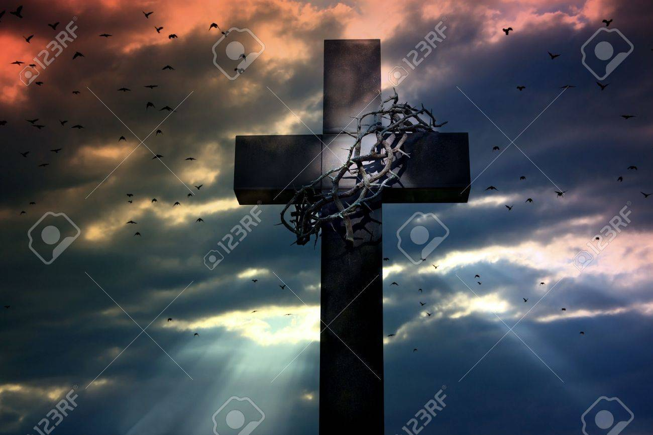 cross crown and thorns Stock Photo - 13710895