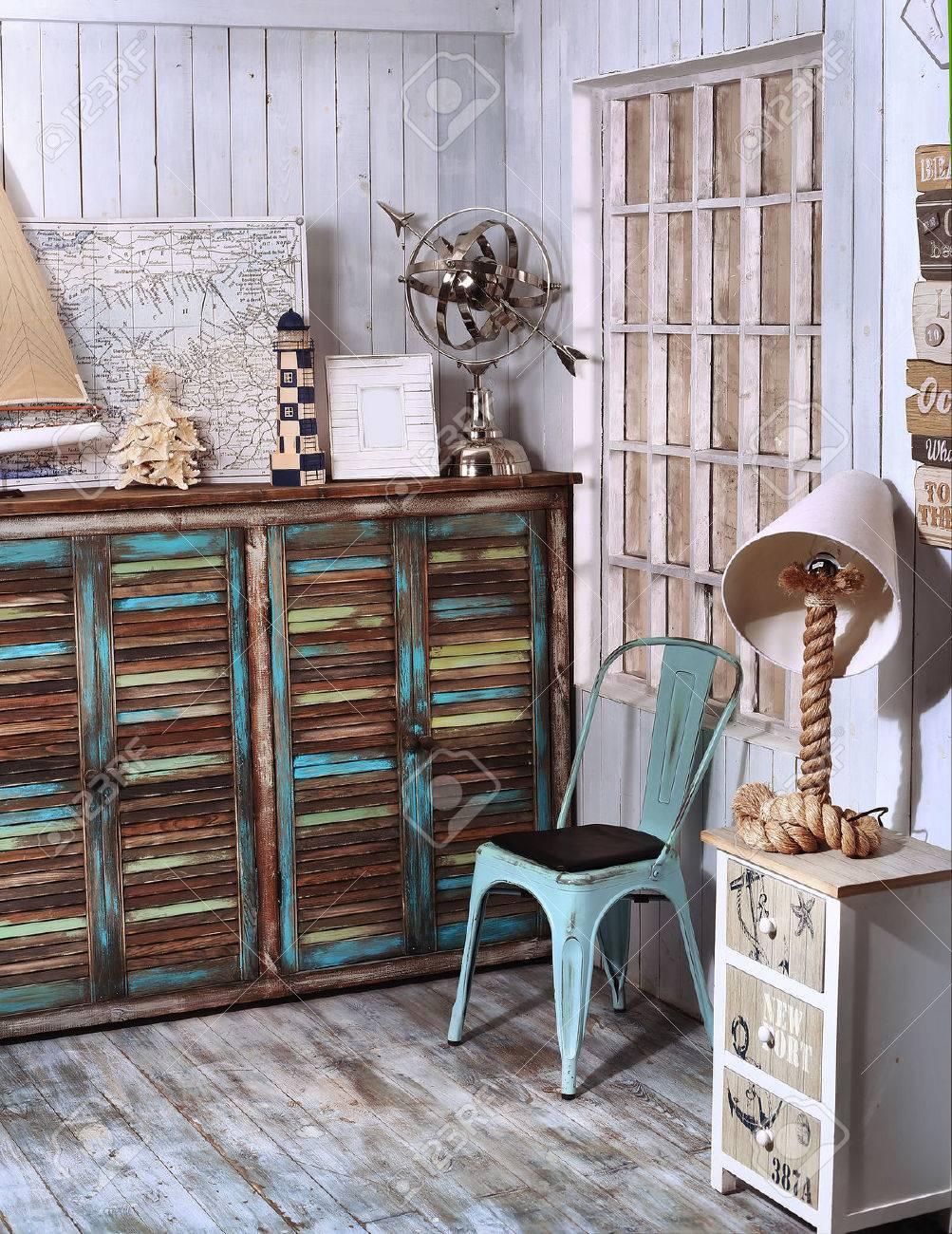 Vintage Woonkamer Royalty-Vrije Foto's, Plaatjes, Beelden En Stock ...