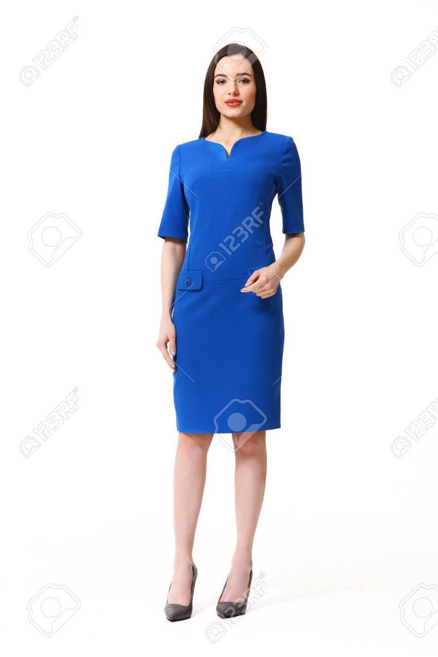 Frau Mit Dem Geraden Frisur Im Partykleid Blau Absatzschuhe In ...