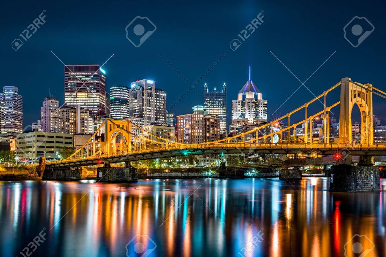 Rachel Carson Bridge (aka Ninth Street Bridge) spans Allegheny river in Pittsburgh, Pennsylvania - 67161978