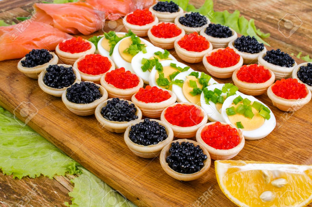 Tartlets with caviar. How to cook tartlets with red caviar 70