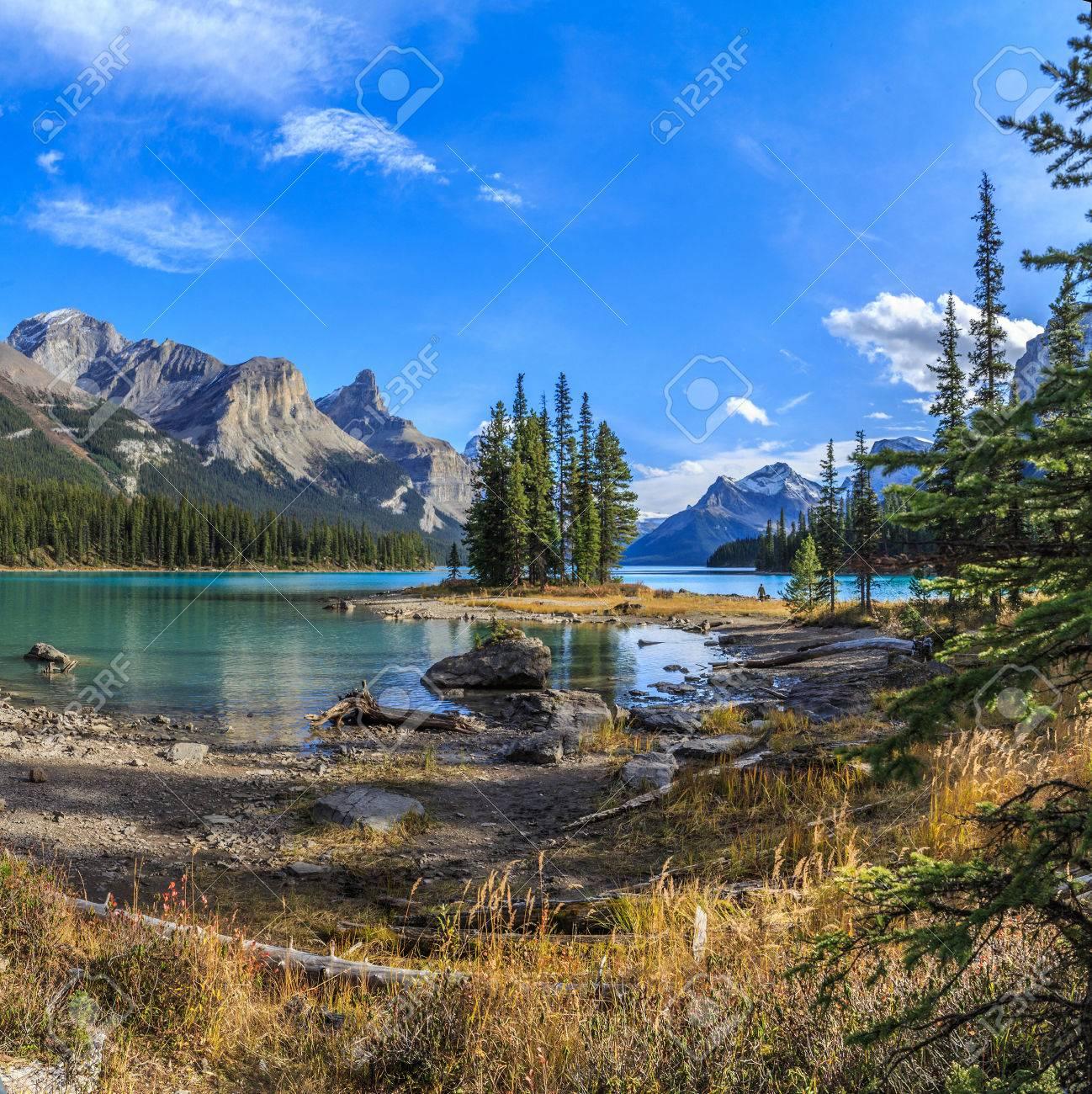 Spirit Island in Maligne Lake, Jasper National Park, Alberta, Canada - 33705092