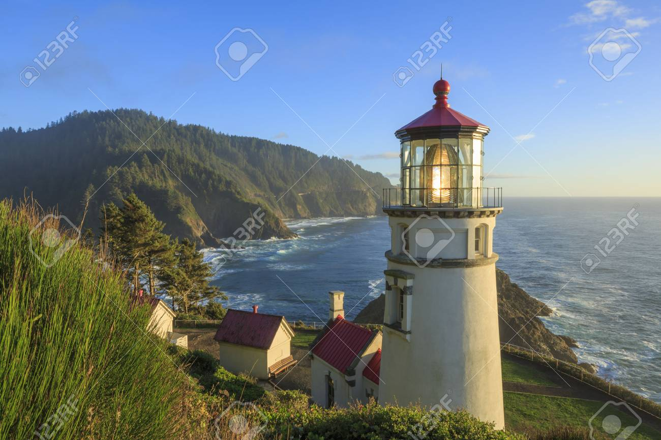 Heceta Head Lighthouse , Oregon - 54373045