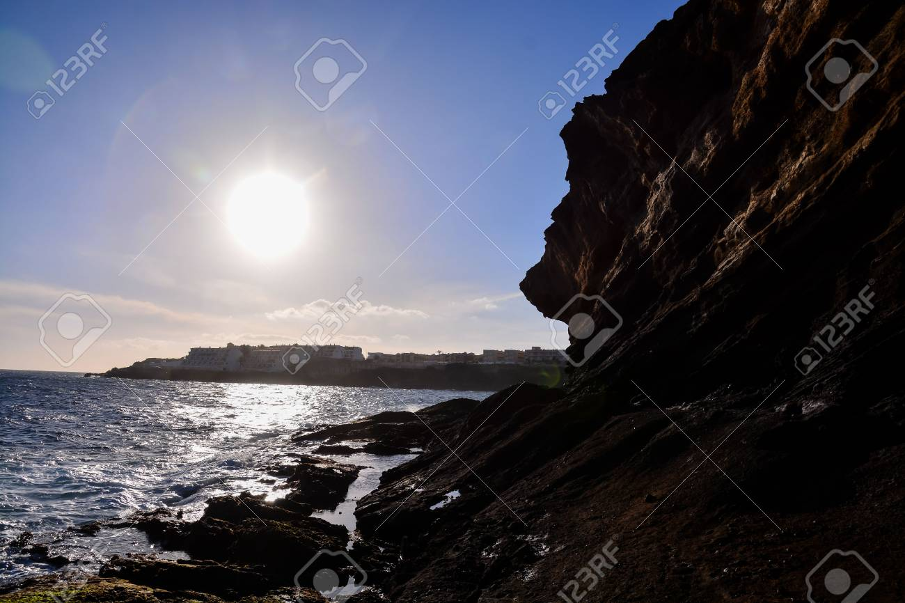 Photo Picture of the Beautiful Ocean Coast's View Montana Amarilla Tenerife Stock Photo - 96095298