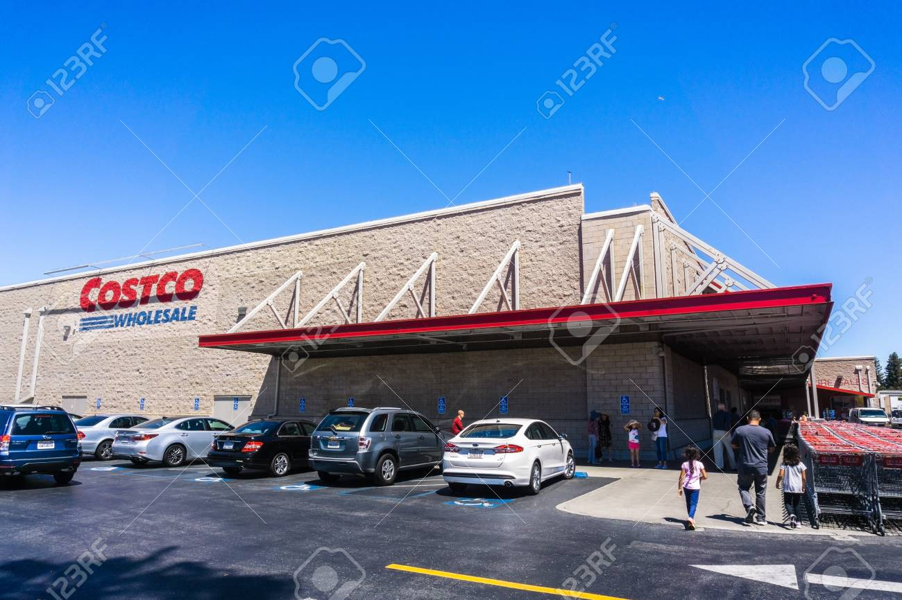 Mountain View Ca Usa Exterior View Of One Of The Costco