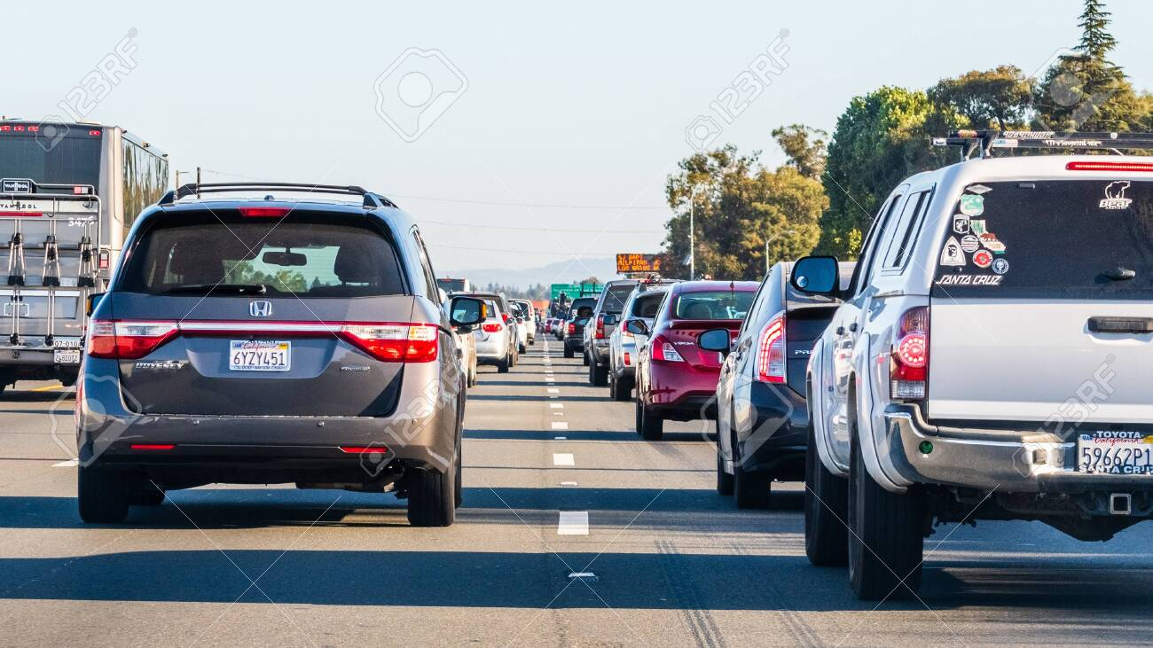 Oct 24, 2019 Mountain View / CA / USA - Heavy traffic on one of the freeways crossing Silicon Valley, San Francisco bay area; - 133858375