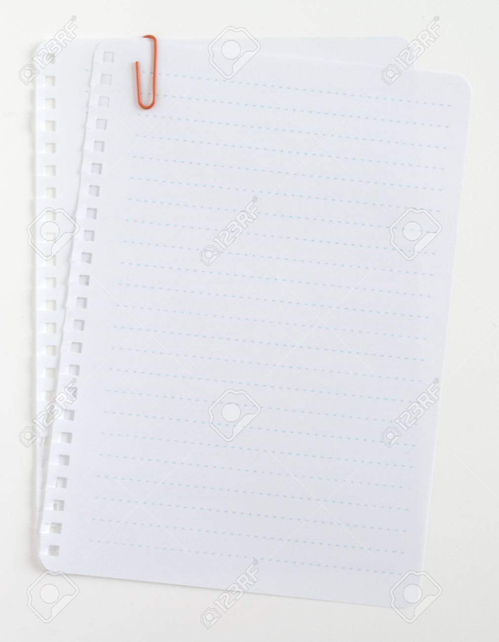 Leeres Arbeitsblatt Übungsbuch. Isoliert Auf Weißem Hintergrund ...