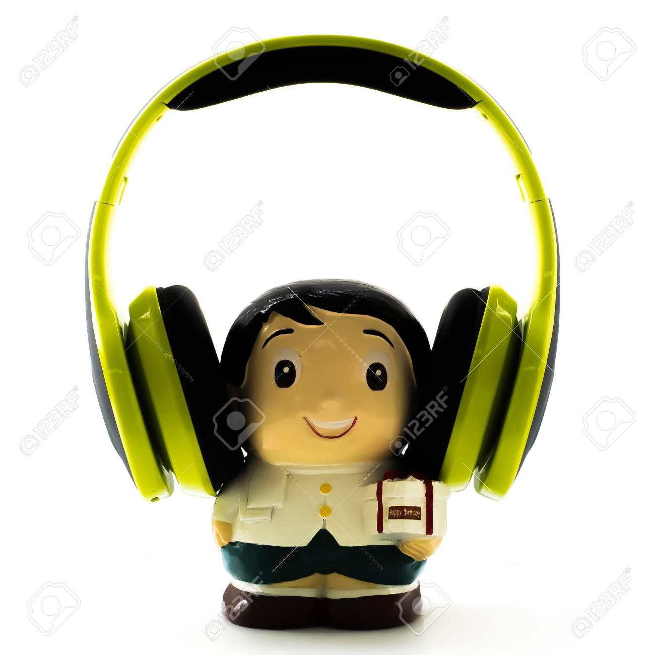 Escuchar musica feliz cumpleanos